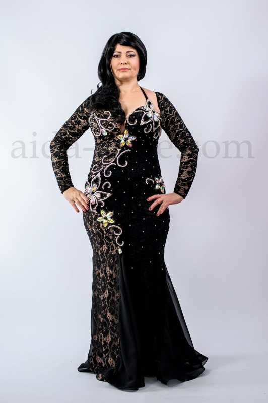 Black professional bellydance costume by Olga Aida