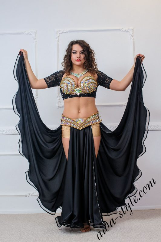 bra and belt set for oriental dance by Aida Style with black flare skirt