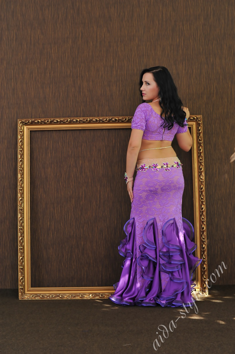 purple pro belly dance costume by Aida made with lace guipure