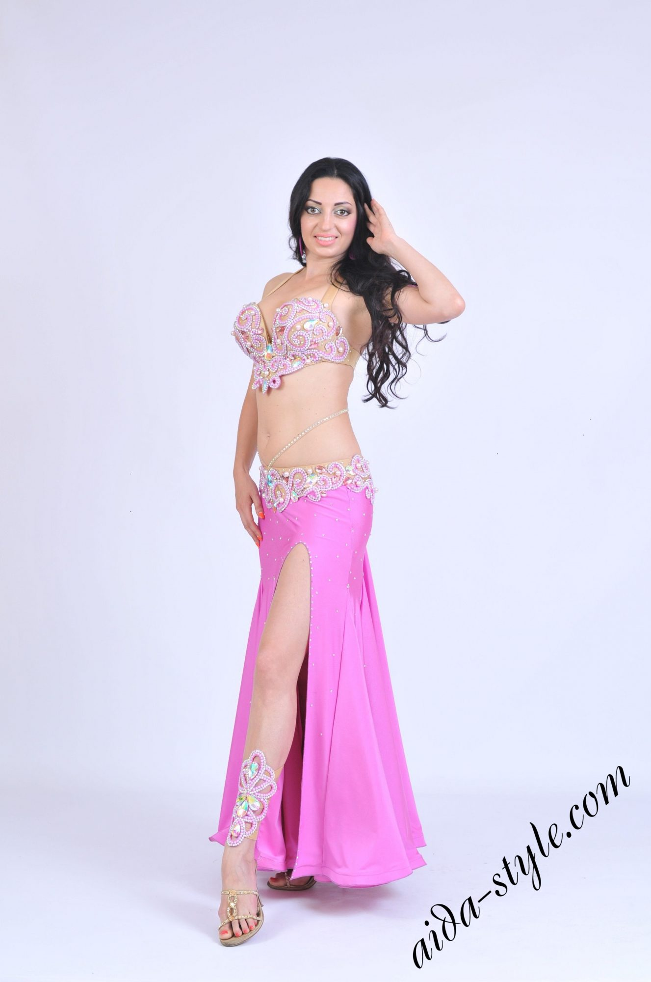 Belly dance outfit by Olga Aida with mermaid skirt