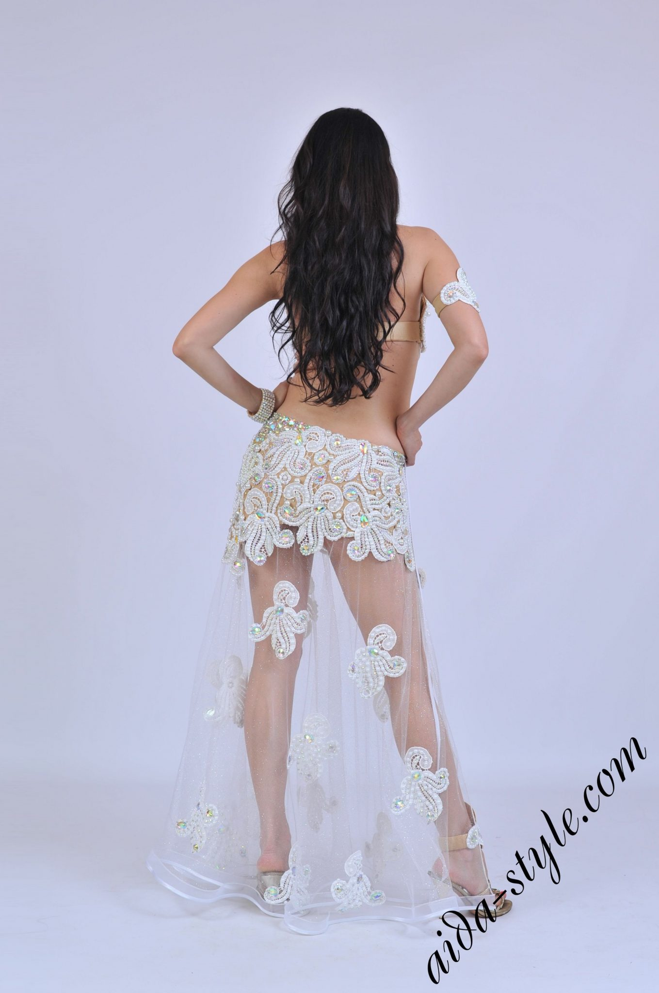 white-girl-dance-sexy