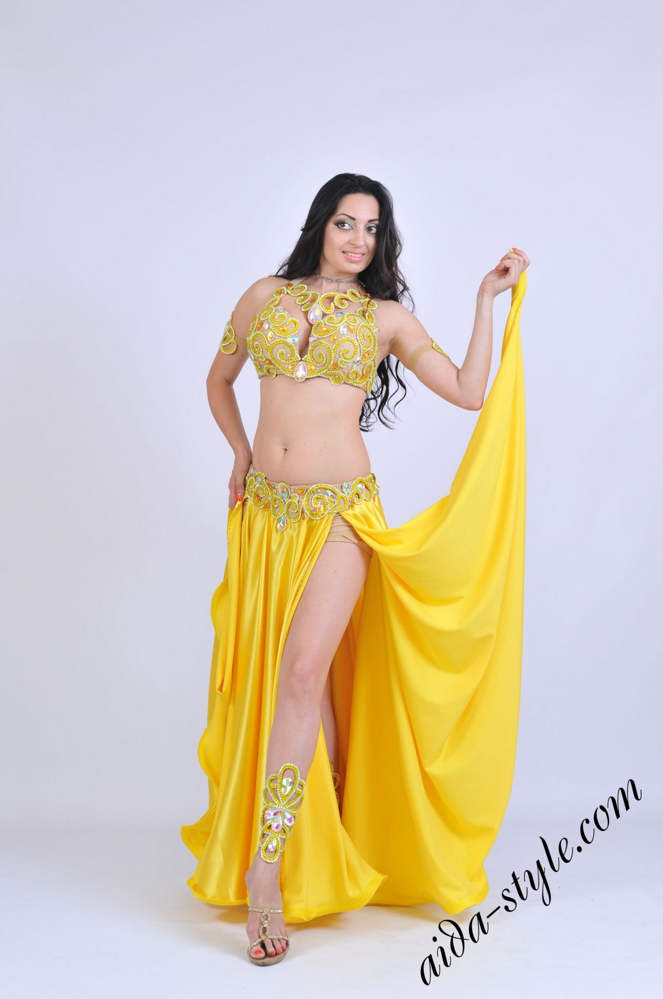 Yellow belly dance costume by Olga Aida with thin belt