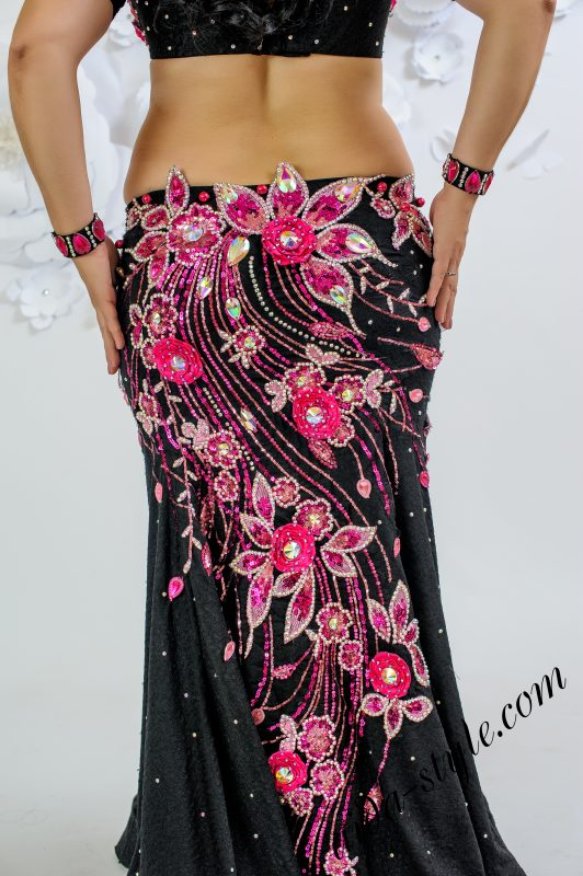 Exclusive Black & pink belly dance outifit by Olga Aida