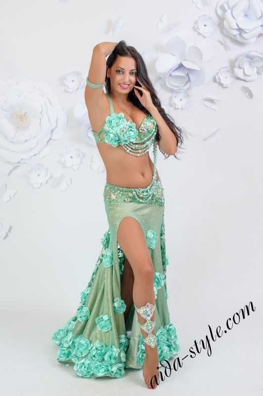 Exclusive belly dance costume by Olga Aida