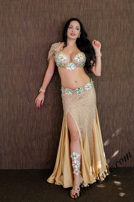 Pure gold belly dance costume by Olga Aida with detachable belt