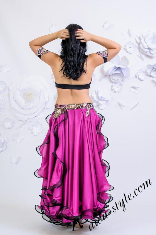 Magenta oriental costume by Olga Aida