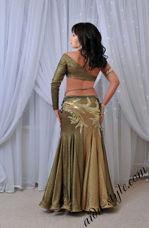 Copper and gold costume for belly dance
