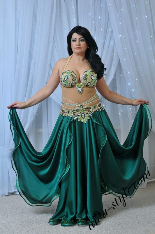 Emerald green costume by Olga Aida