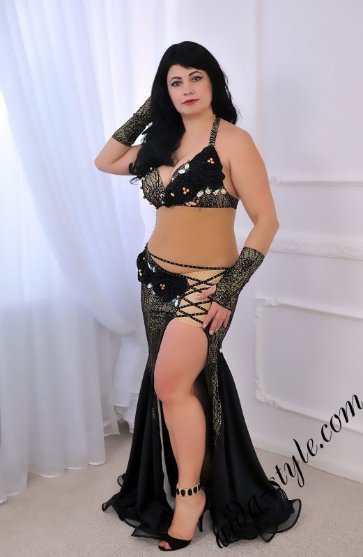 designer's pro belly dance costume by Aida Style in grey and blakc color