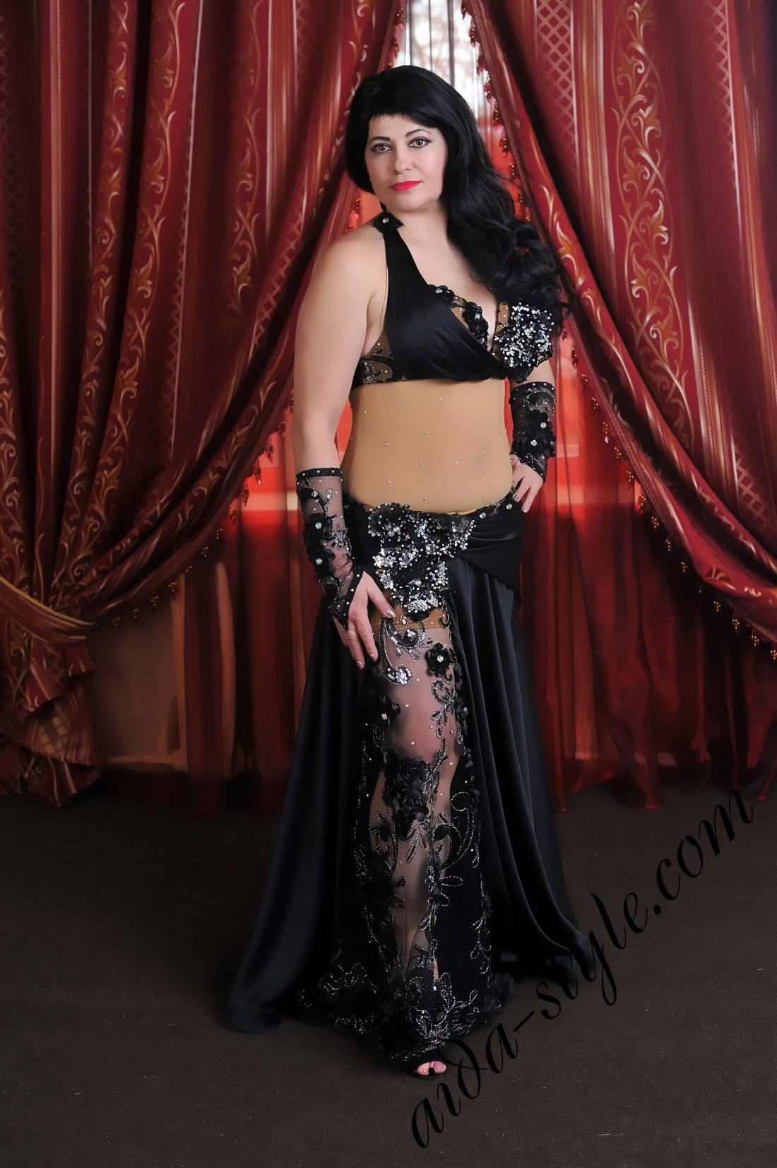black stylish designer's belly dance costume by Aida Style