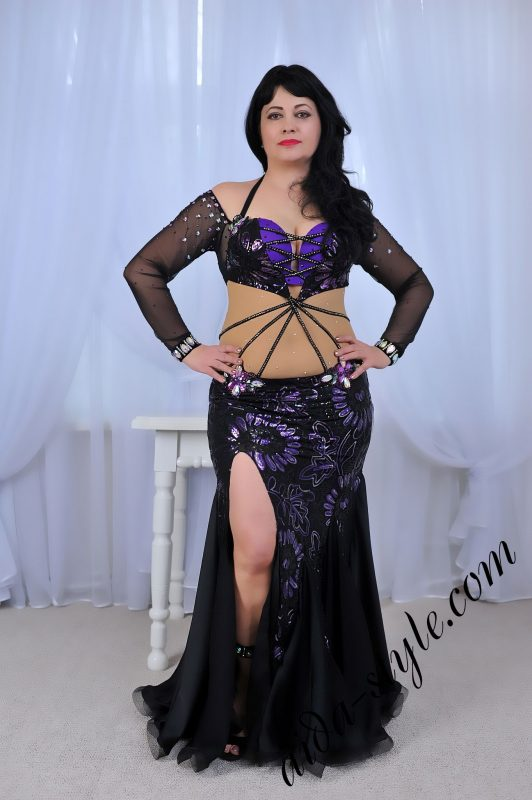 purple and black designer's belly dance costume by Aida Style, simple and clean design
