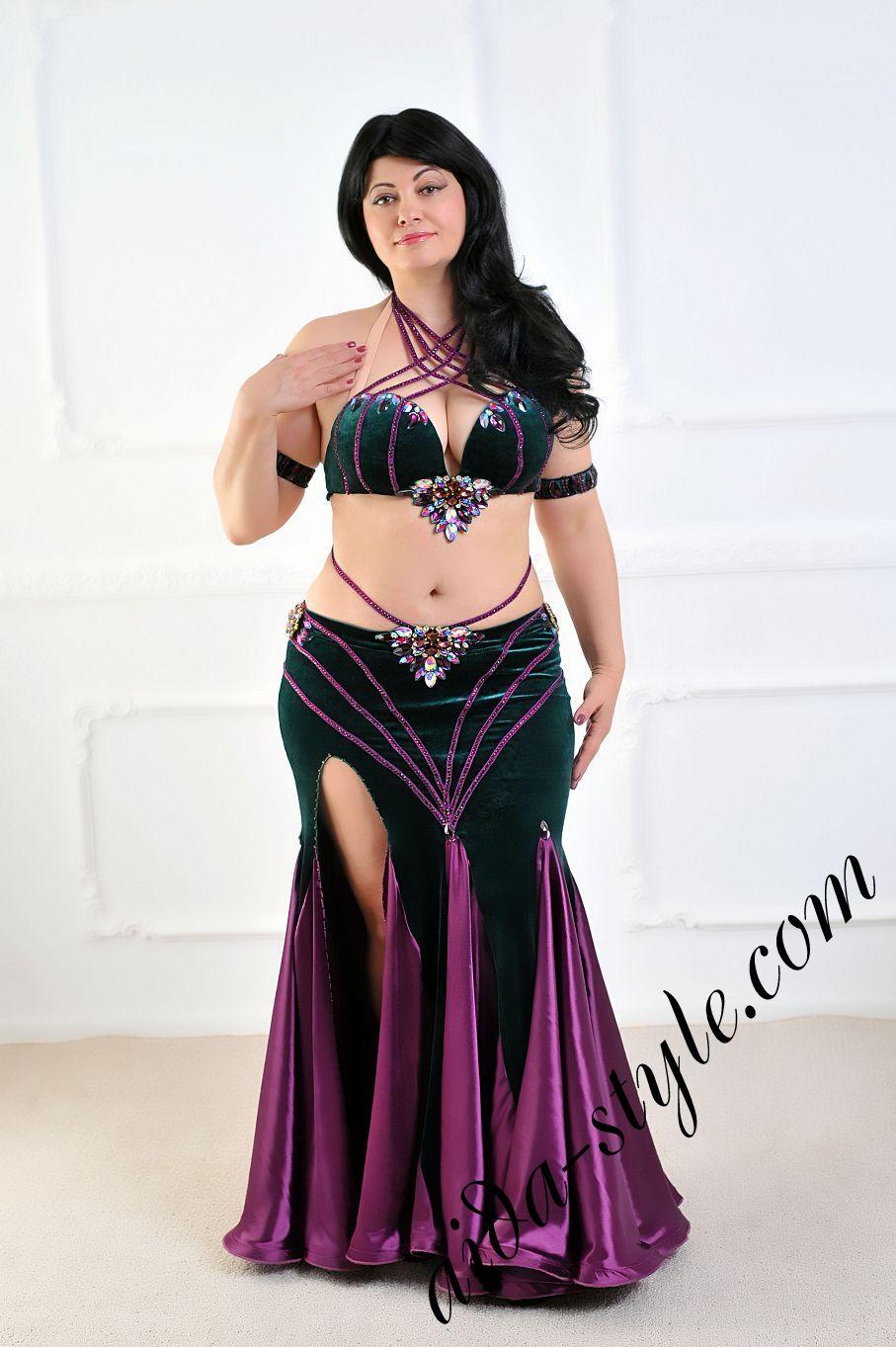 aida style belly dance costume in velvet