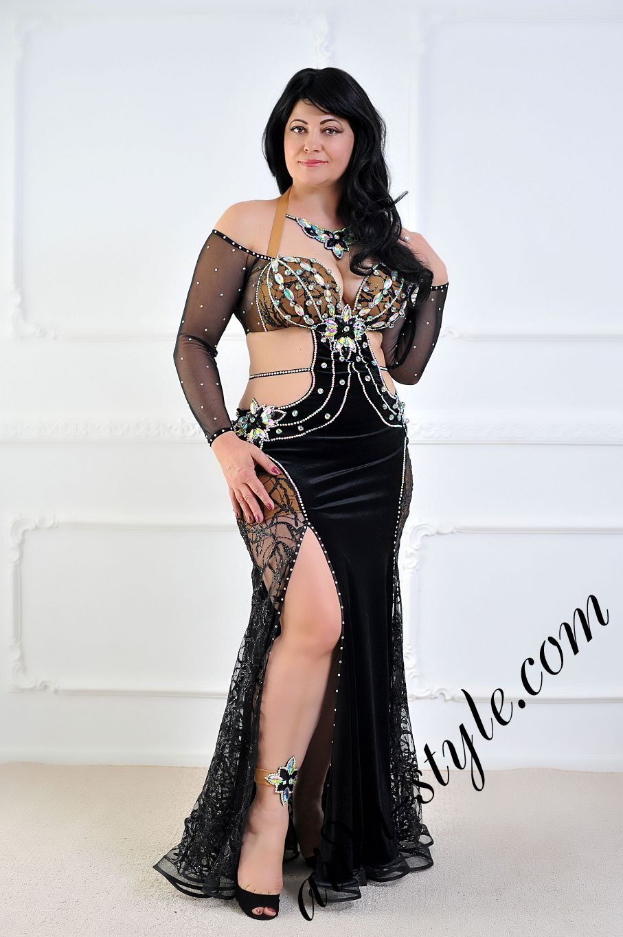 aida style belly dance costume in black color