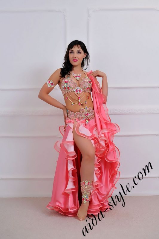 baby pink oriental bra and belt with double circular skirt 2 slits