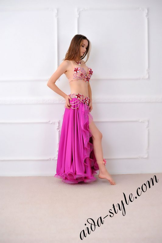 bra and separate belt set for pro belly dancer with full circle magenta skirt and underpants (1)