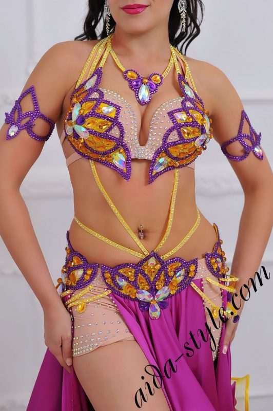 magenta colored oriental bra and belt set with circular skirt for order (1)