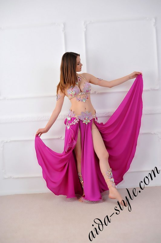 bra and belt for belly dance plus magenta flare free wide circular skirt, belt is separate detachable, 2 slits