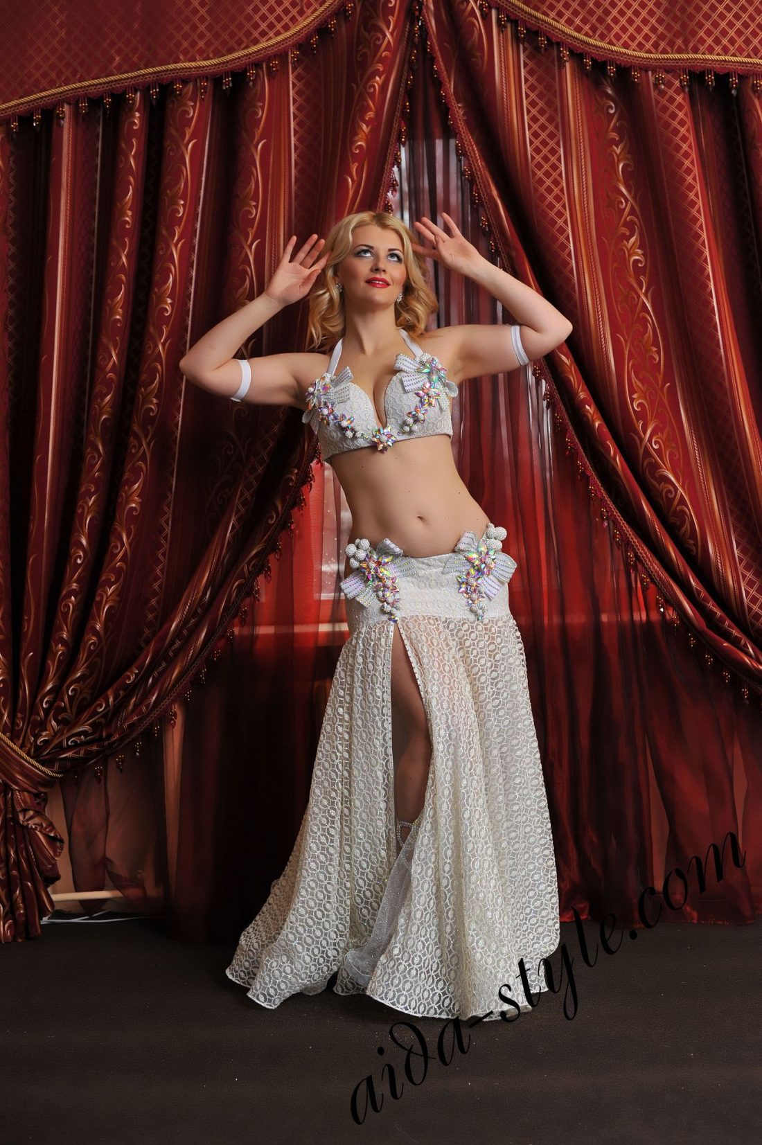 queens fashion _ georgeous unique belly dance design by aida style (1)