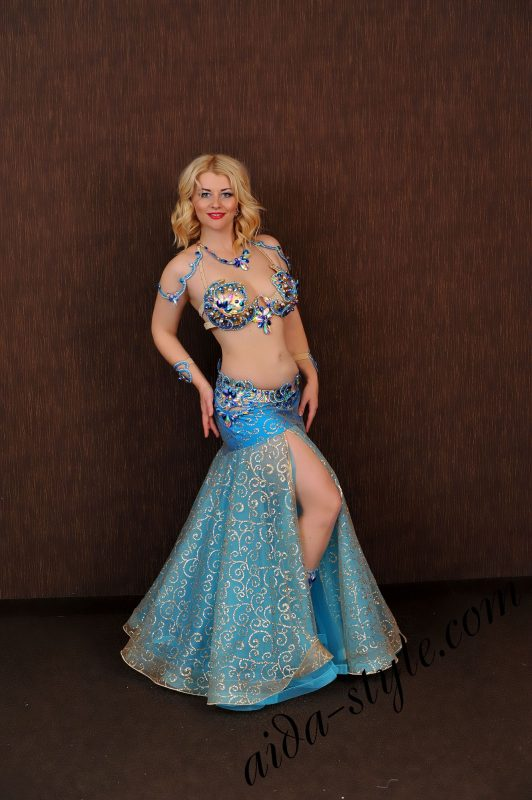 blue belly dance costume design by aida style (6) with golden shining fabric and wide bouffant skirt