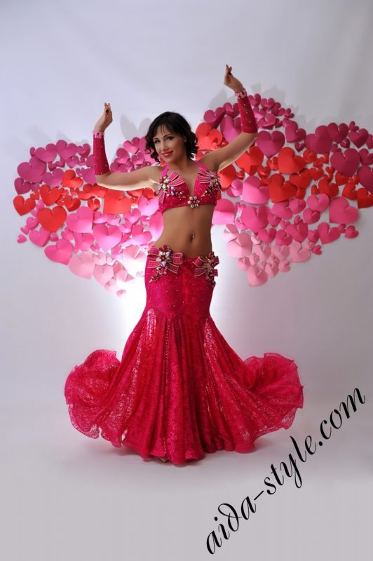 lovely pink designer's belly dance costume for oriental dance by Aida Style _ valentines day