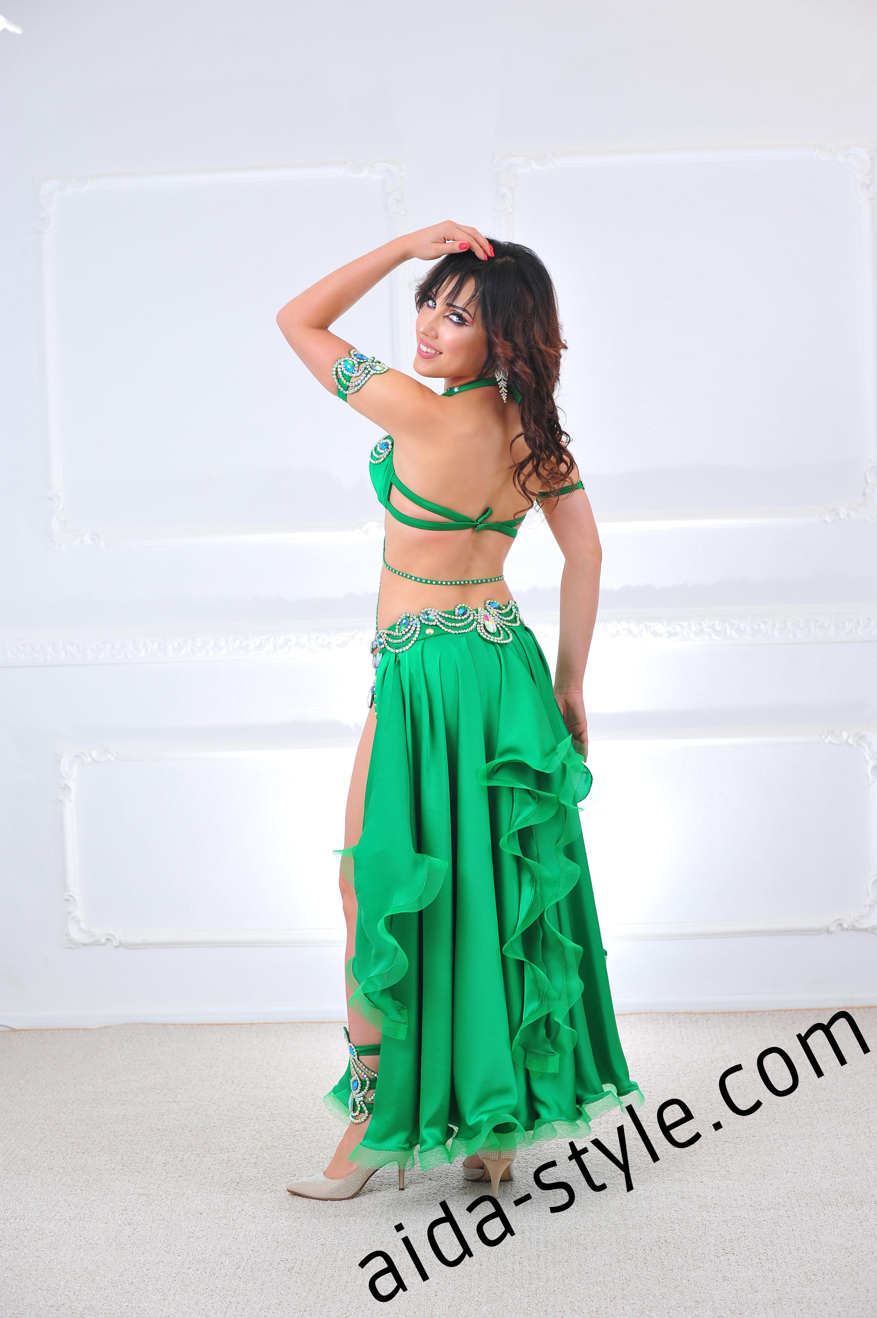 79c0d643c7c Rich Emerald Belly Dance Costume – Aida Style