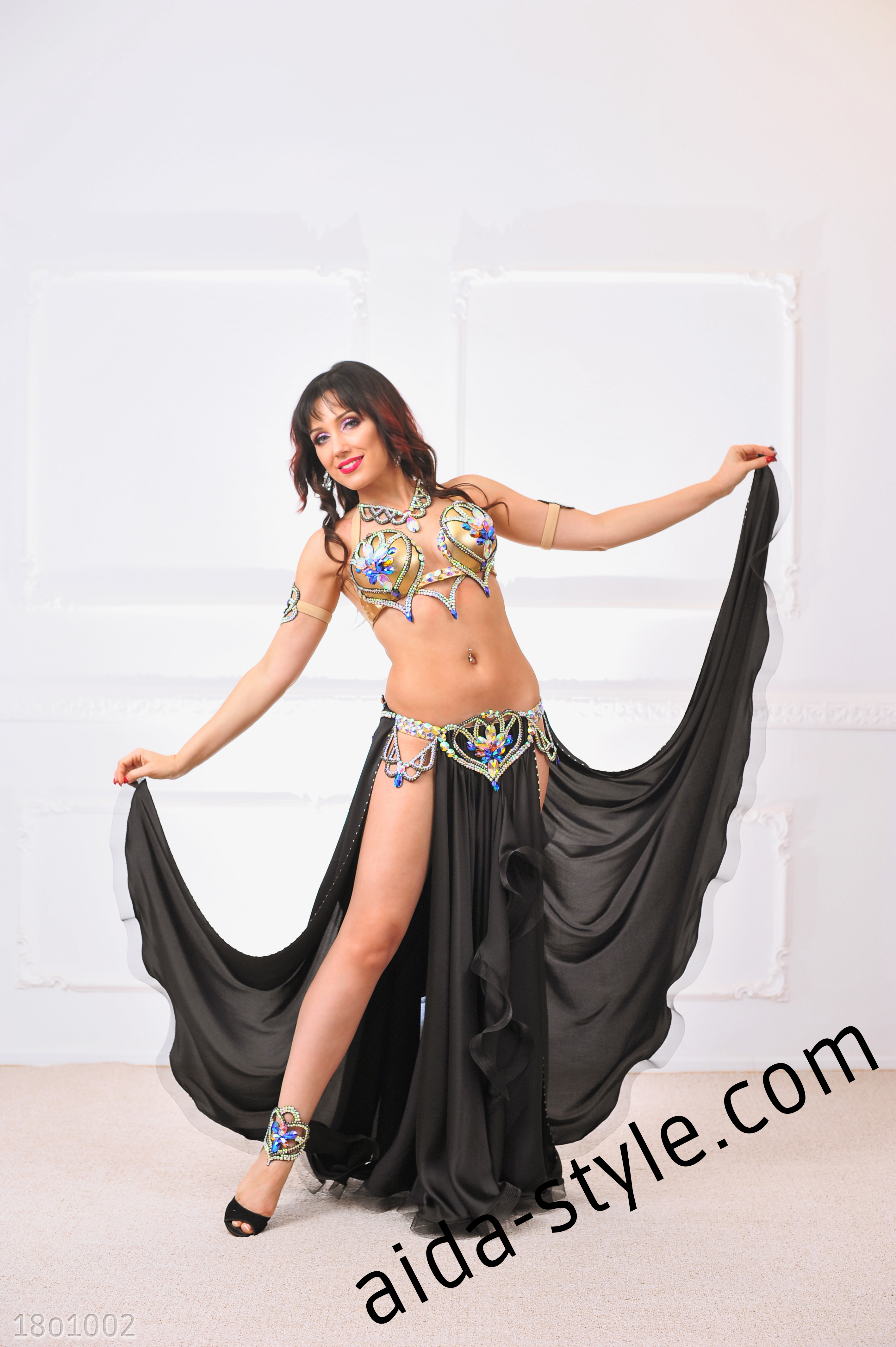 65062345e8647 Black Belly Dance Costume With Golden Bra – Aida Style