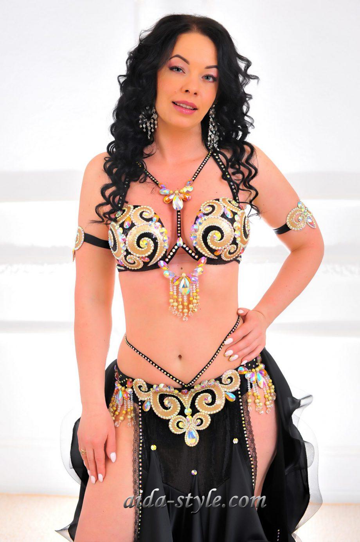 black womens belly dancer costume