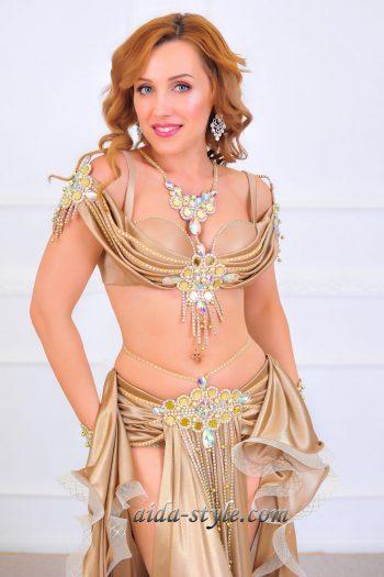 golden era belly dancer costume women