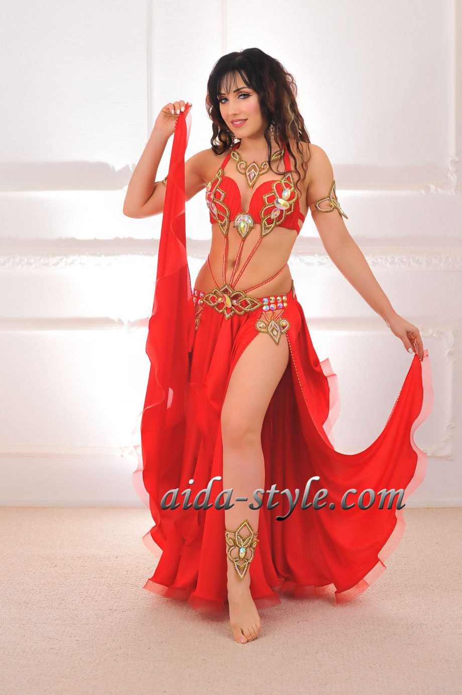 red womens belly dancer costumes