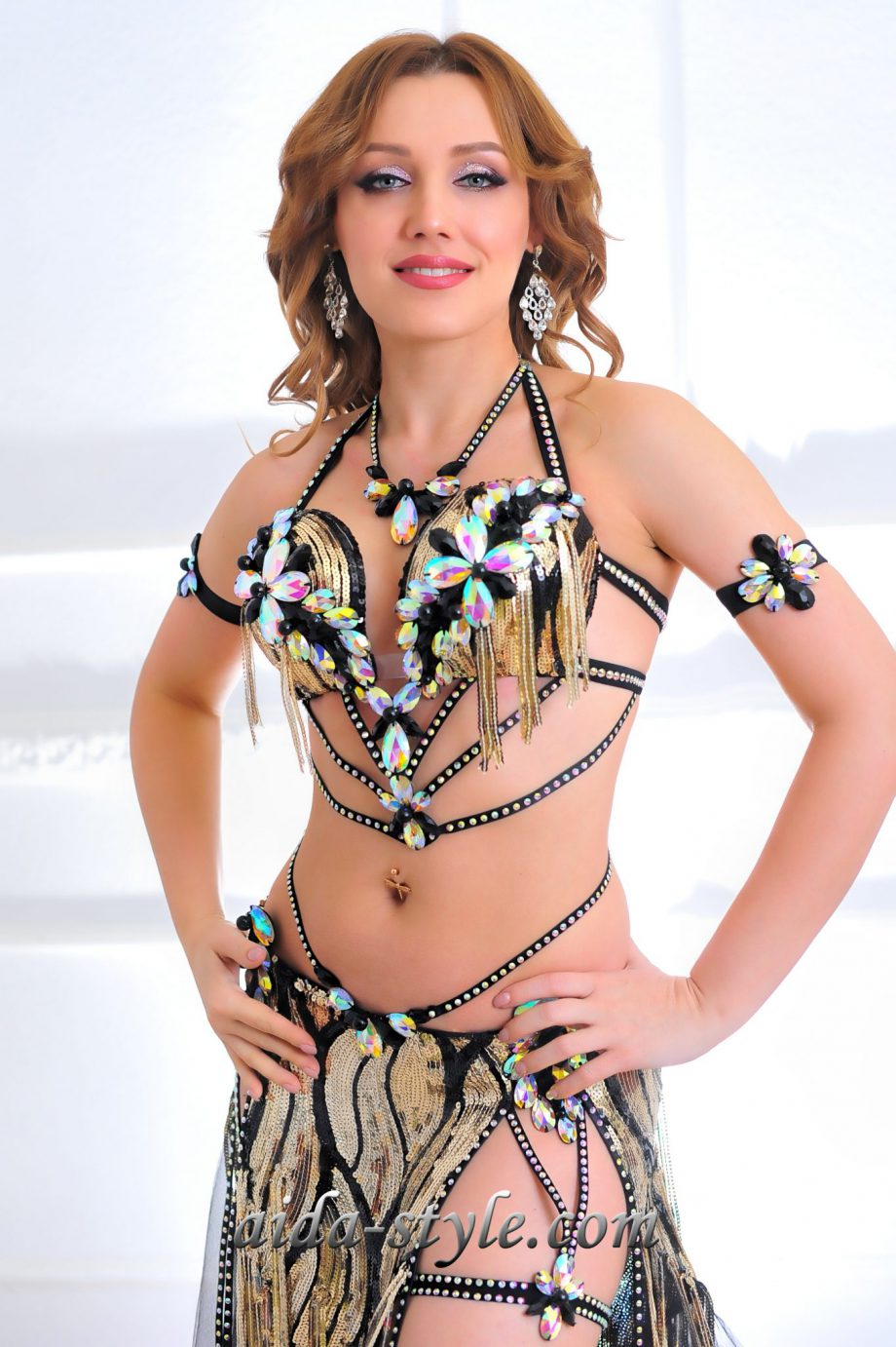 black and gold professional belly dancing costumes