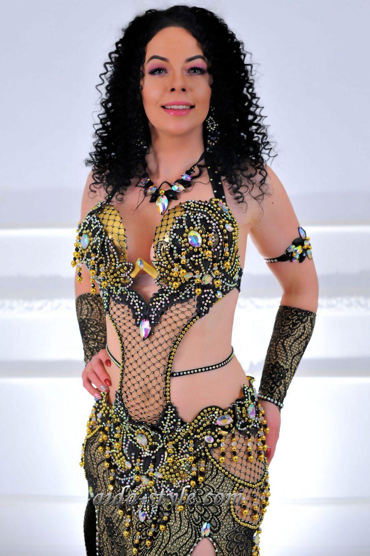 dress for belly dancers black