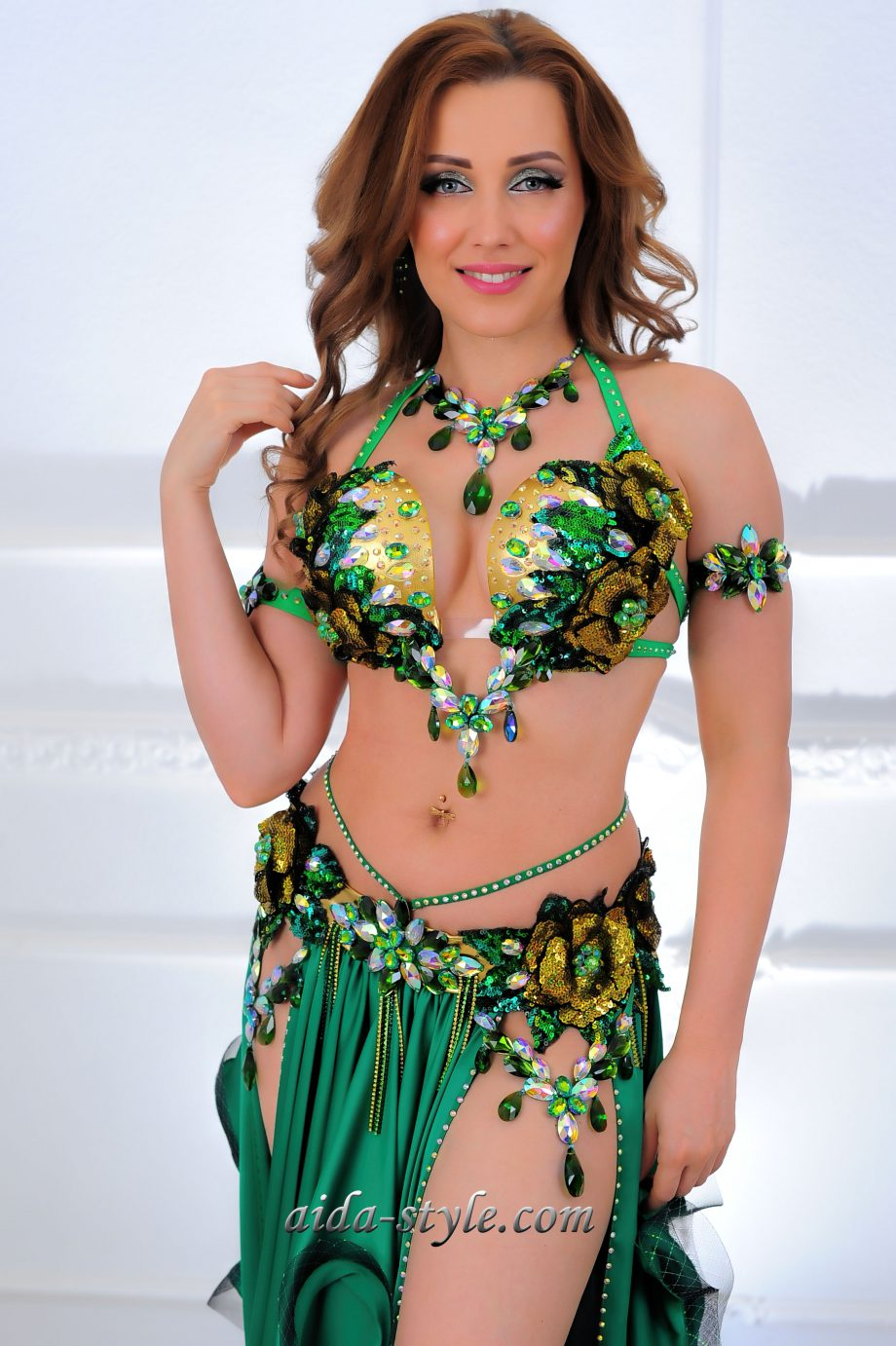green belly dance costumes